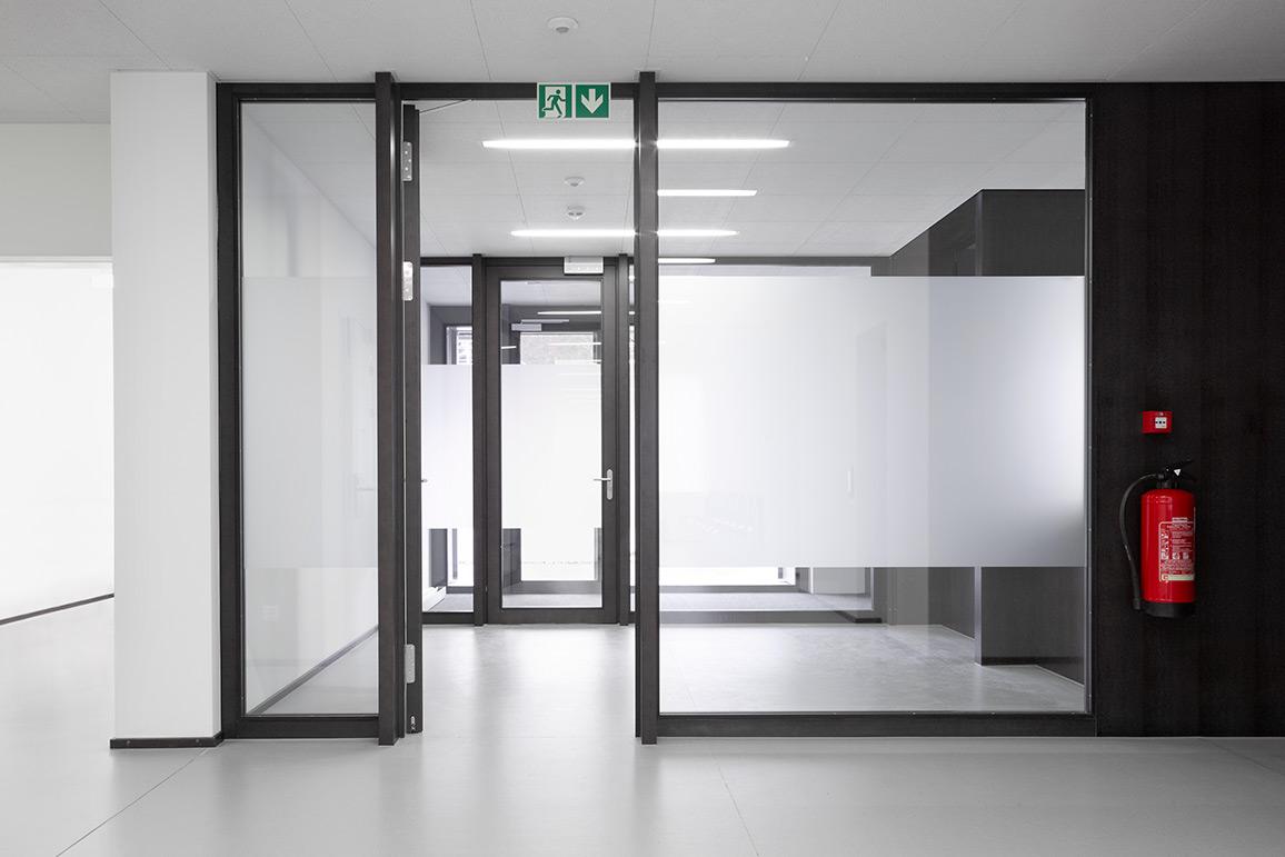 Portes avec cadre frank t ren ag for Dimension porte avec cadre